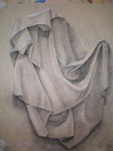 Драпировка мягкими материалами. Тонированная бумага, уголь, пастель.